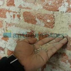 Con el Consolidante KS Fuerte de Sopgal las paredes dejan de deshacerse o disgregarse