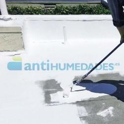 Aislante térmico con pintura de caucho para terrazas y cubiertas de Sopgal