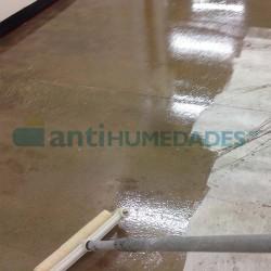 Barrera de Vapor Bicomponente Sopgal para mejorar la adherencia en suelos que se van a pintar