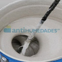 Es necesario mezclar bien antes de aplicar el Acabado Alifático Finish Coat para Goma de Poliuretano Sopgal