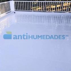 Goma Líquida de poliuretano impermeabilizante elástica Sopgal en terraza transitable