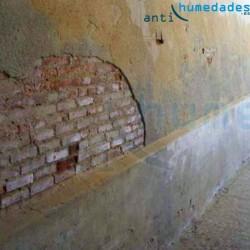 Muros Antiguos y huecos: tratamientos de Barrera Capilar Líquida Sopgal para capilaridades