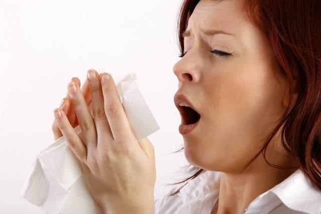 RProblemas respiratorios, de garganta y aumento de las alergias son consecuencia de los aires acondicionados