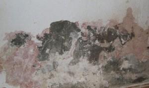 Las humedades por capilaridad ascendente son fáciles de reconocer
