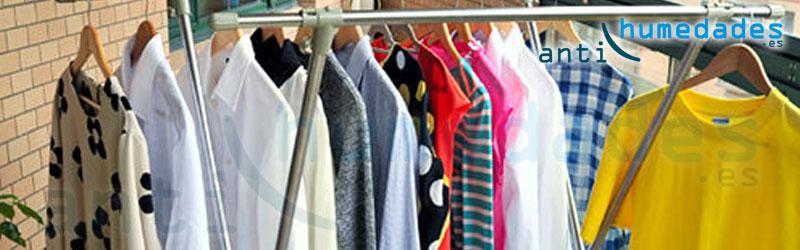 La ropa al secar dentro de casa deja el aire cargado de humedad