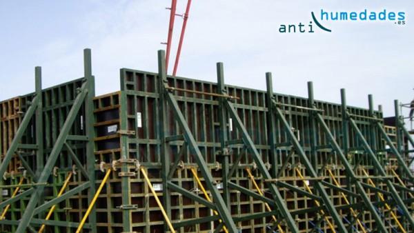 Estructuras metálicas en constante contacto con productos agresivos