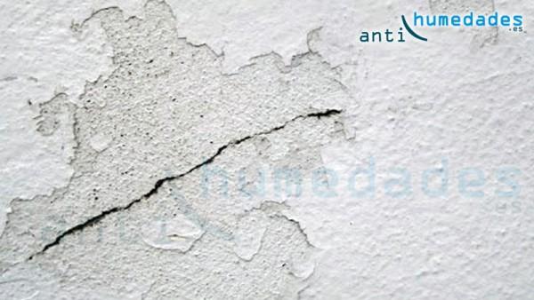Filtraciones de agua a través de las paredes