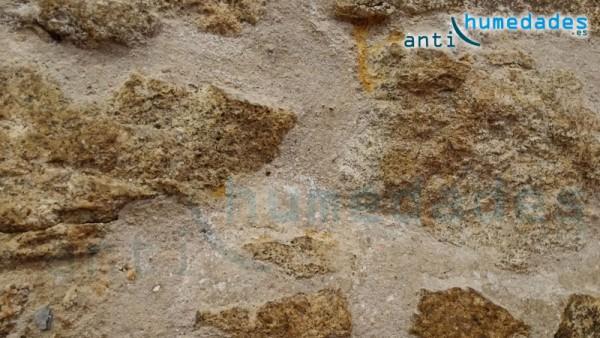 Consolidante de superficies porosas