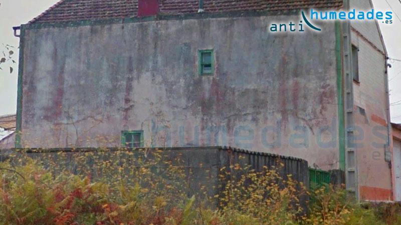 El moho y la suciedad aceleran el deterioro de las fachadas y tejados