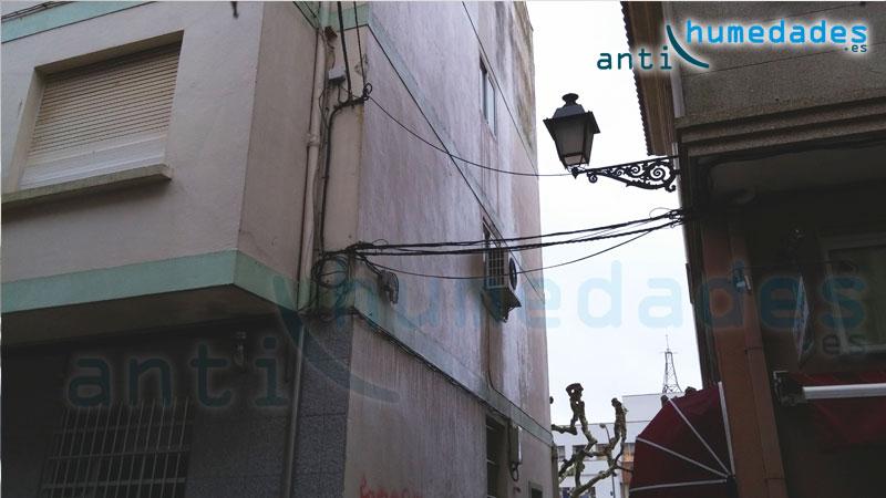 La pintura impermeabilizante impide que el agua se filtre a través de la fachada