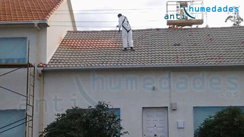 Pintando tejado con teja de cemento for Tejados de madera y teja
