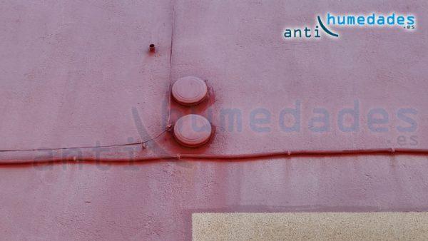 Aparición de manchas en fachadas por culpa de morteros frescos o pintura inadecuadas para fachadas