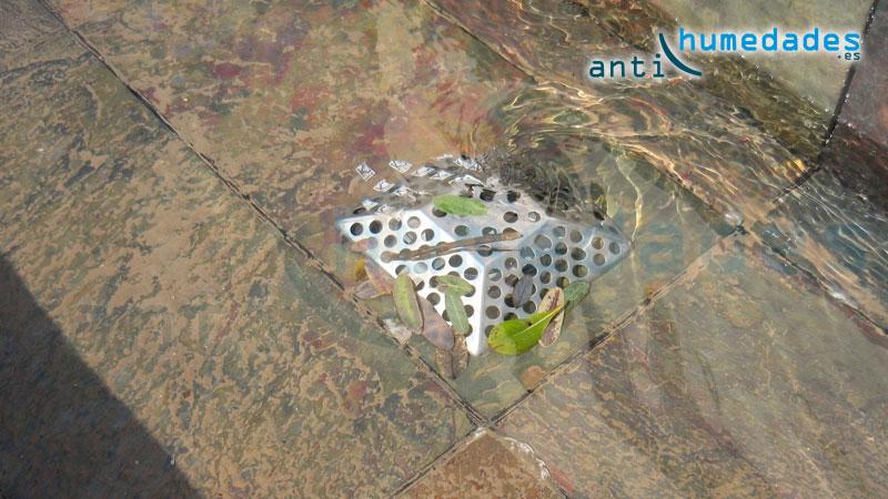 Rejillas de acero inoxidable con sistema anti atascos patentado