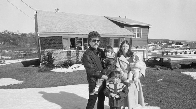 la cantidad de gas radón acumulado en el hogar de Stanley Watras era tal que sus riesgos en la salud eran similares a fumar 2.700 cigarrillos por día. Más de 100 por hora