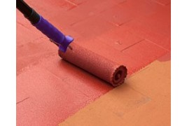 Protege y trata los suelos con la pintura para suelos de antihumedades