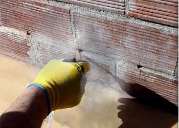 05 soplar agujeros para aplicar gel de silicato