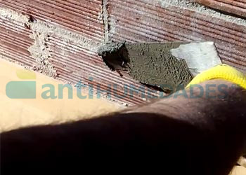 Aplicar mortero sec antisales después de inyectar barrera capilar