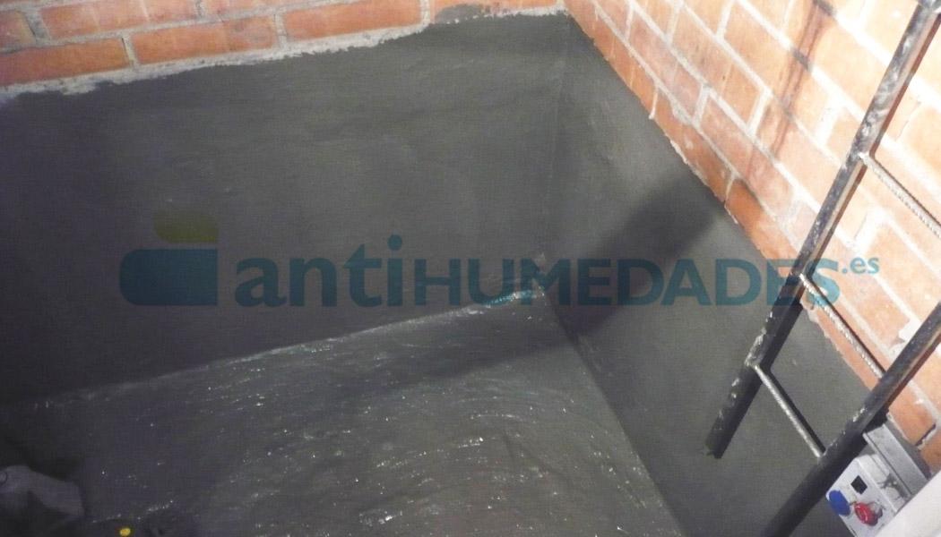 Mortero Pantalla de Sopgal para impermeabilizar superficies húmedas o con estancamiento de agua