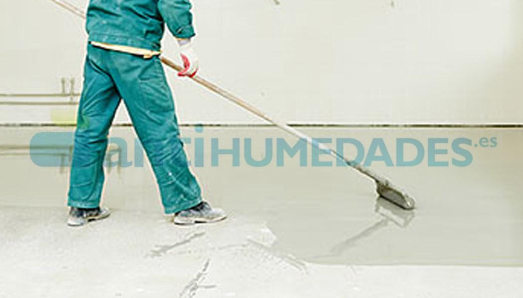 Aplicación de pintura en suelo con rodillo microfibra 8mm
