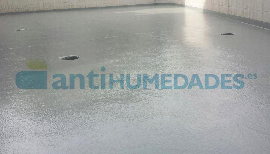 Acabado Alifático Finish Coat para aplicar en suelos impermeabilizados con goma líquida poliuretano Sopgal