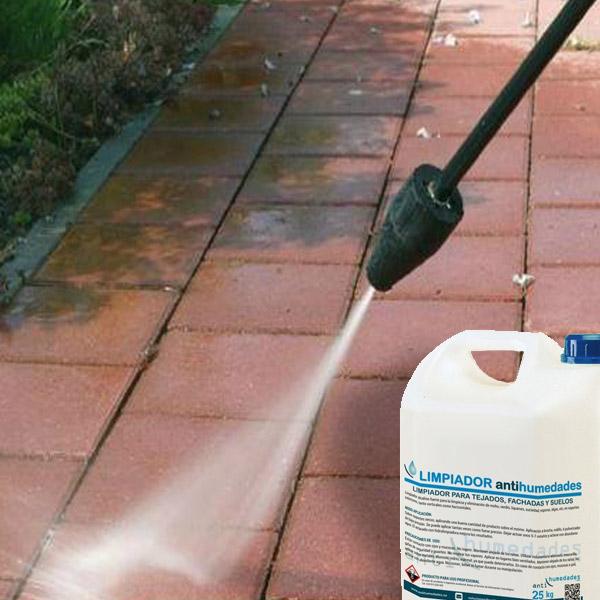 Limpiar la superficie en la que se va a aplicar Magic Terrace